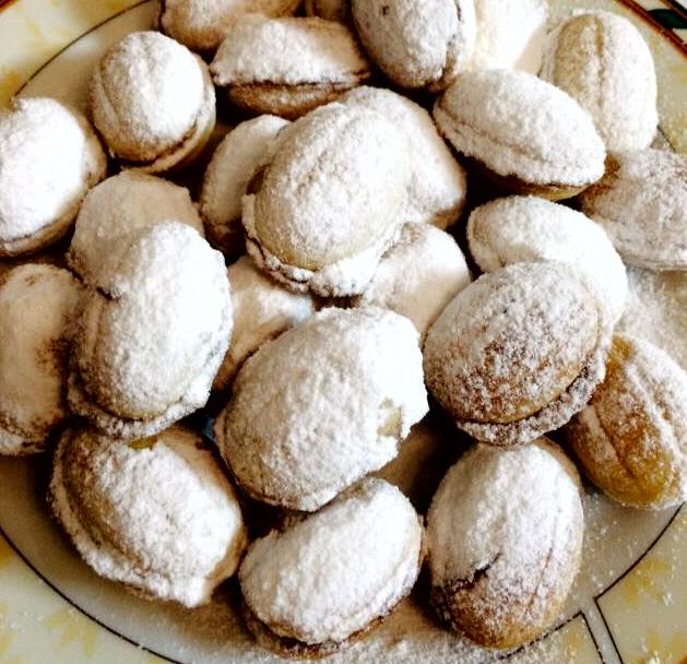אורושקו ... עוגיות אגוזים
